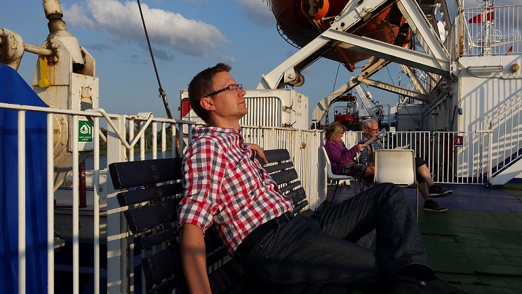 Autojuht ja koolitaja Lenno Põder puhkamas laeval sõidul Travemündest Ventspilsi